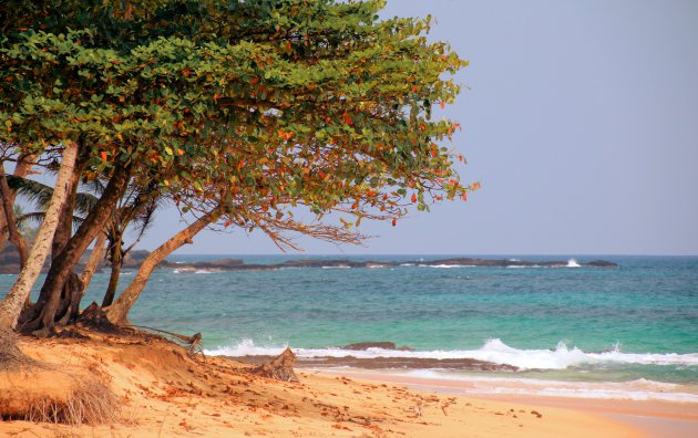Stille strandjes op Sao Tomé