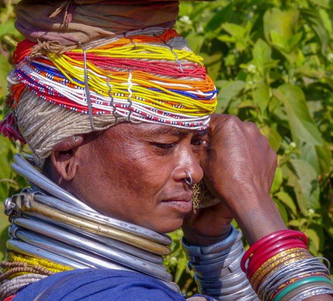 Kralenhoofdbedekking van de Bonda vrouwen