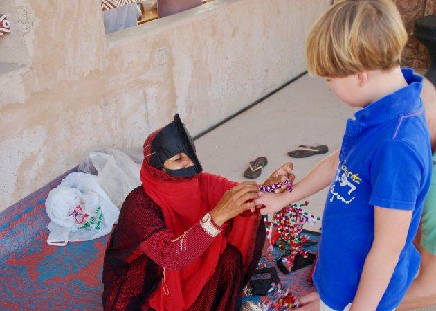 Op bezoek bij de bedoeïenen in Oman