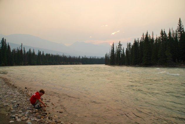 Langs de Athabasca River