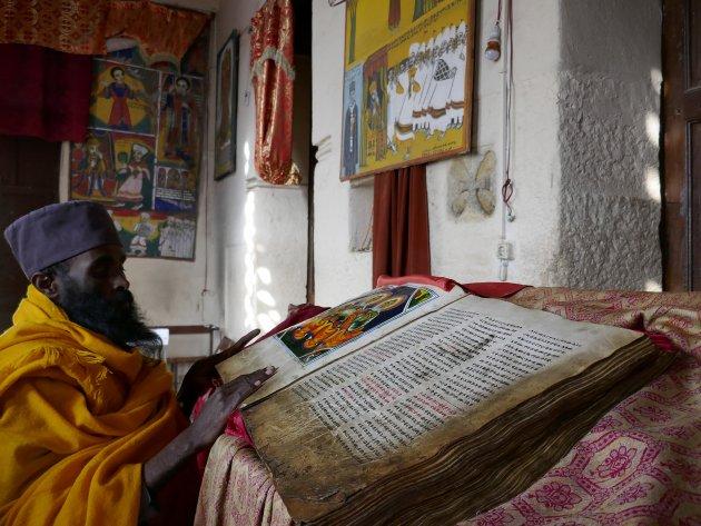1000 jaar oude bijbel