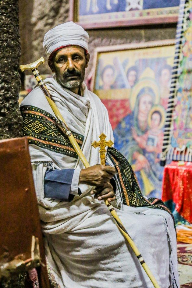 Priester in de Bete Medhani Alem