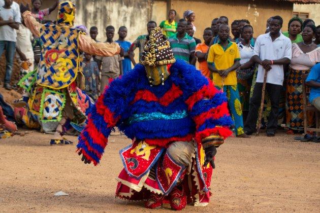 Engungun dans - is deze voorouder een vrouw?