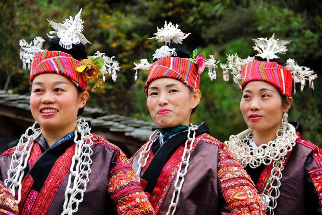 Traditionele kleding tijdens het Lusheng Festival