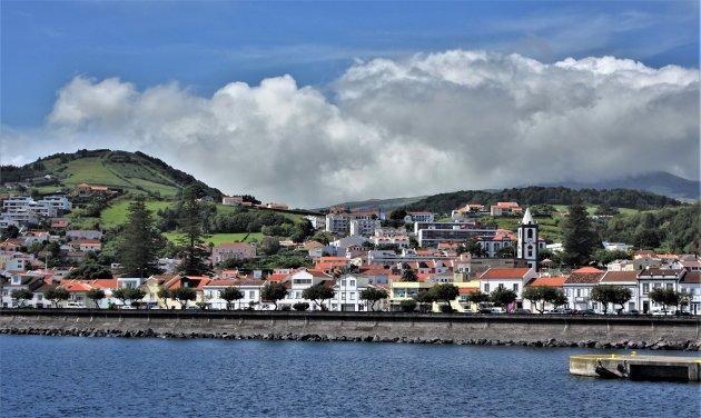Horta vanaf de Atlanticoline ferryboot