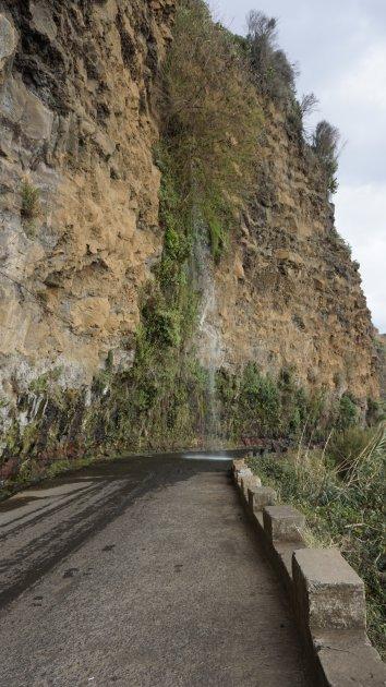 Carwash op de oude weg naar Porto Moniz