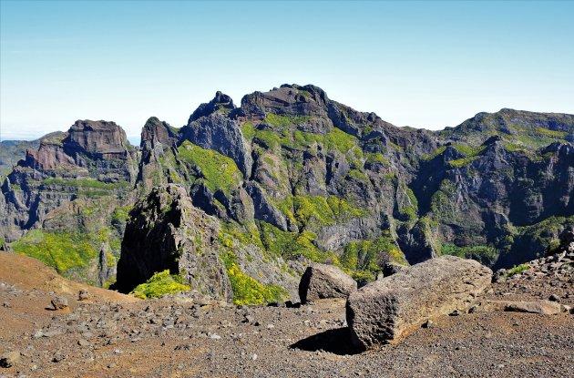 Adembenemende uitzicht op de Pico do Arieiro