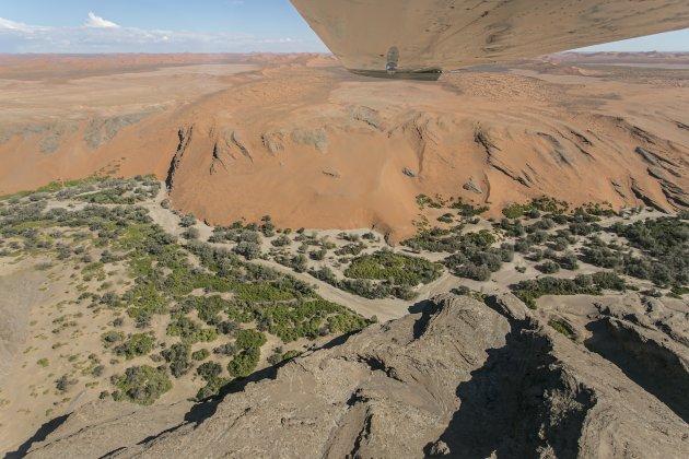 Namibië Swakopmund vlucht over de Namibwoestijn