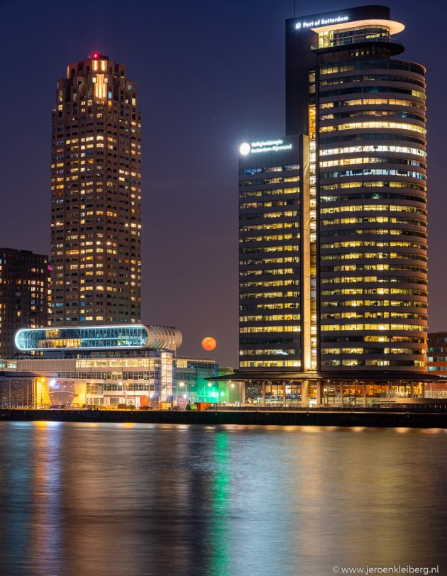Supermaan in Rotterdam