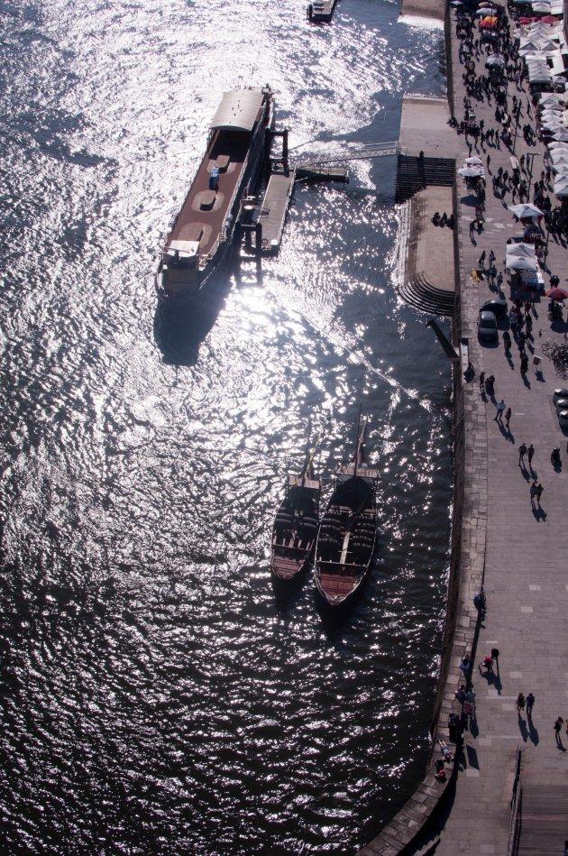 Bedrijvigheid op en aan de Douro