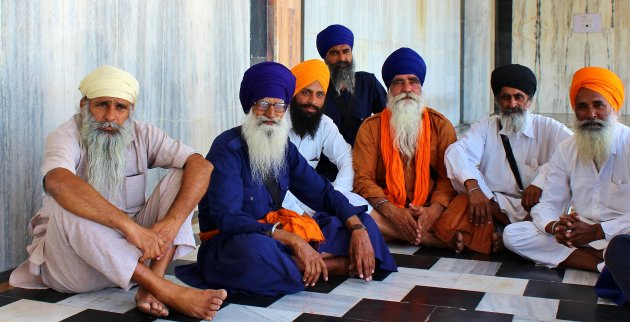 Seven sikhs