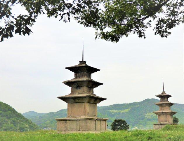 Tweelingpagodes in het Silla Koninkrijk