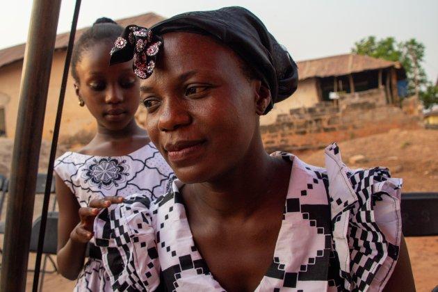 Begrafenis bij Kumasi (1)
