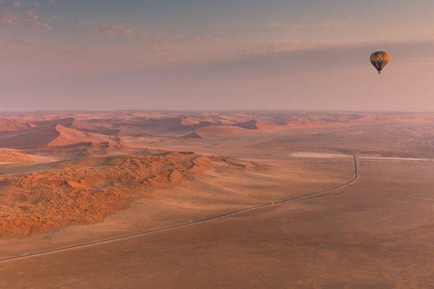 Langs de rand van de rode duinen