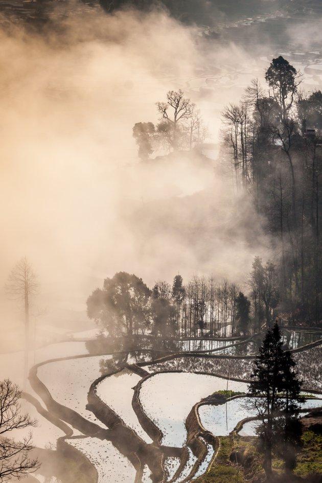 De mistige rijstterrassen van Duoyishu