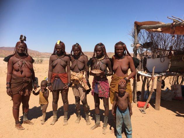Himba's en route