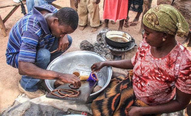 Kulikuli maken en eten