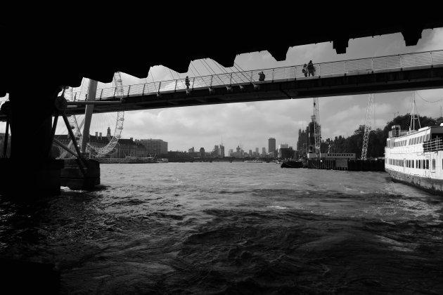 Op de Thames