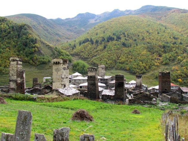 dorp met wachttorens