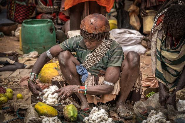 Katoen verkopen op de markt