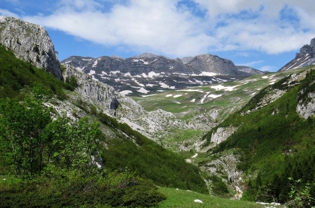 wandelend door Montenegro