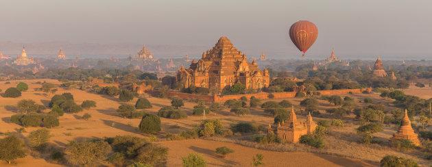 Ballonvlucht over Bagan