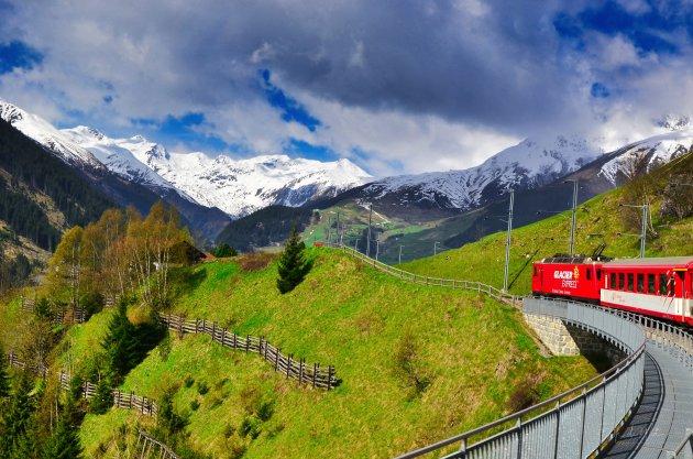 Met de trein door Zwitserland...