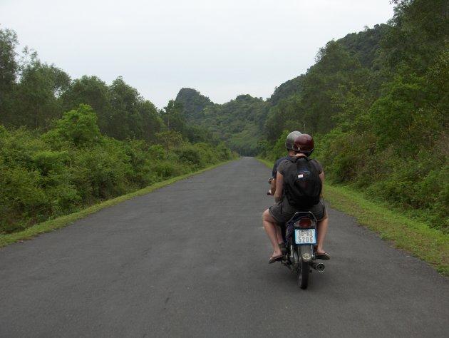 Op de scooter op verkenning