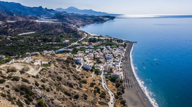 Aan de zuidoostkust van Kreta ligt het relaxte dorp Mirtos.