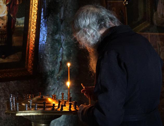 De laatste monnik in het grotklooster