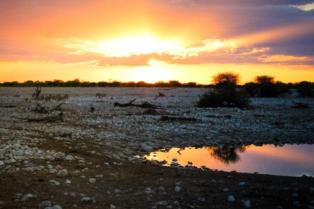 Zonsondergang in Namibië.