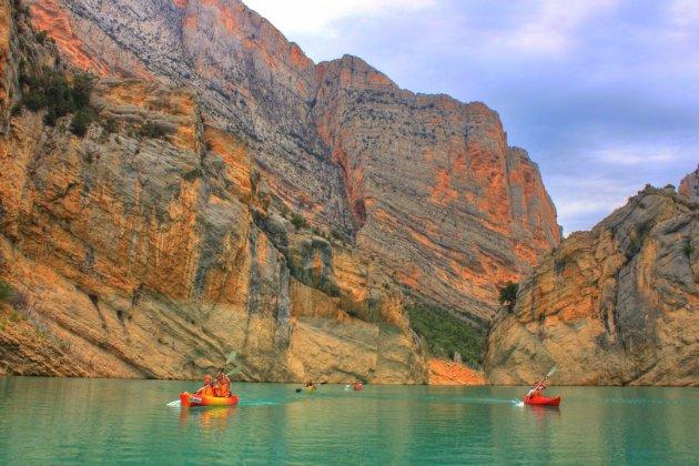 Kayak door de kloof van Mont Rebei