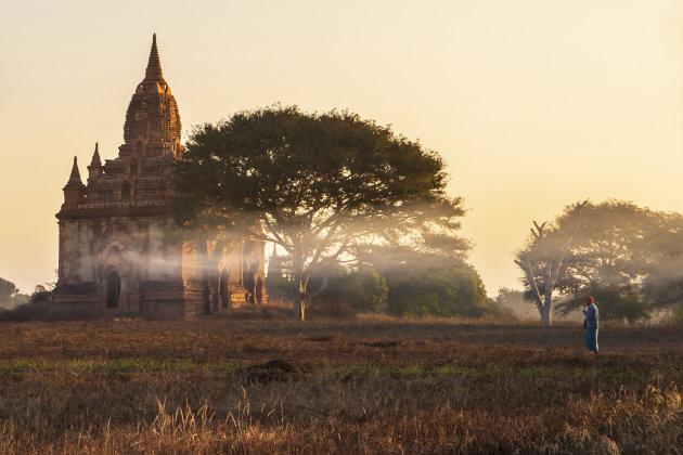 's ochtendsvroeg in Bagan