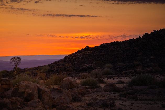 Oogverblindende zonsondergang