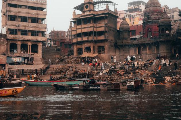 Crematies in Varanasi