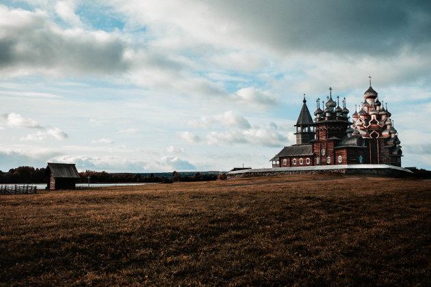Khizi Pogost, de houten kerk in het hoge noorden