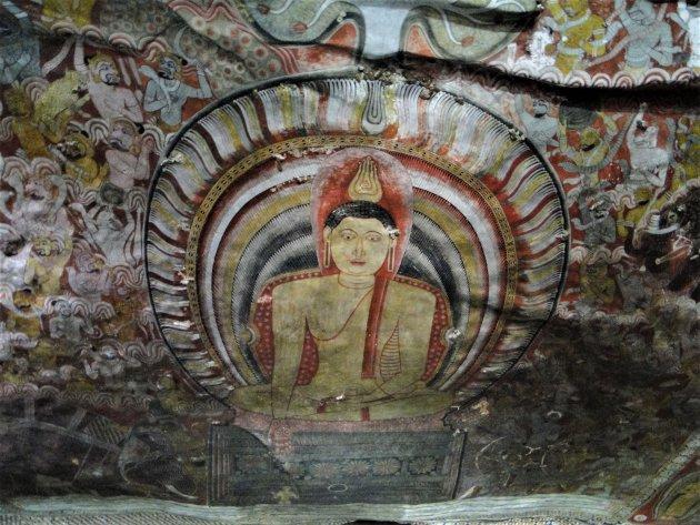 Muurschilderingen in grot Tempel Dambulla.