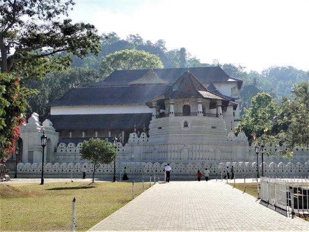 De Tempel van de Tand in Kandy.