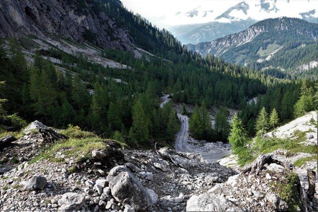Wandeling naar  de Karlsbaderhutte