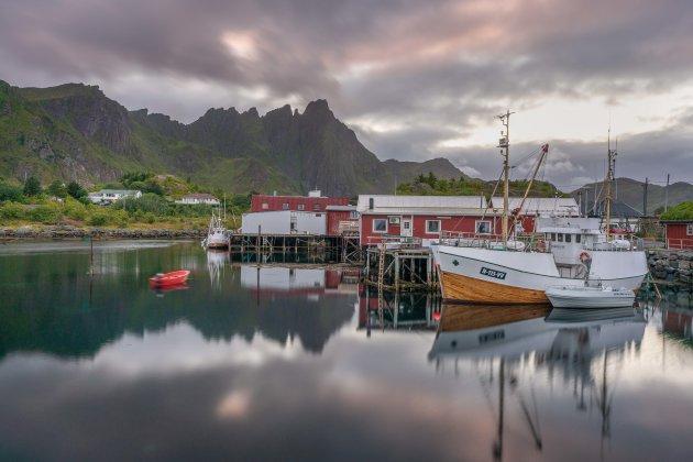 Vissersboten in Ballstad