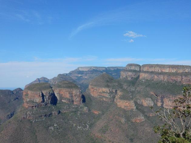 De indrukwekkende Three Rondavels in de Blyde River Canyon