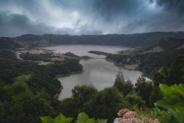 Lagoa Azul en Lagoa Verde (Sete Cicades)