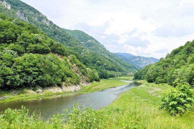Cerna rivier