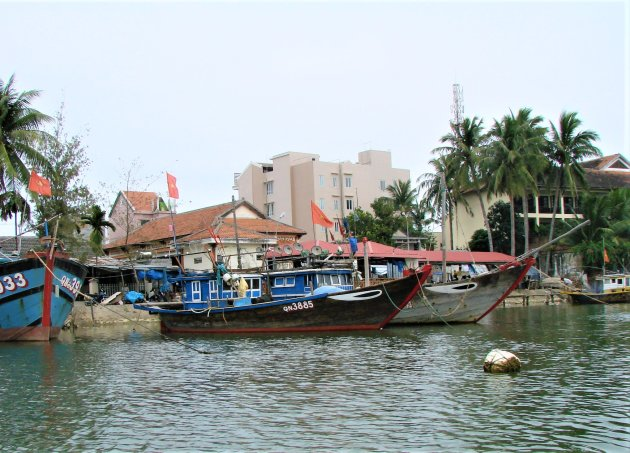 Vissersboten in Hoi An.