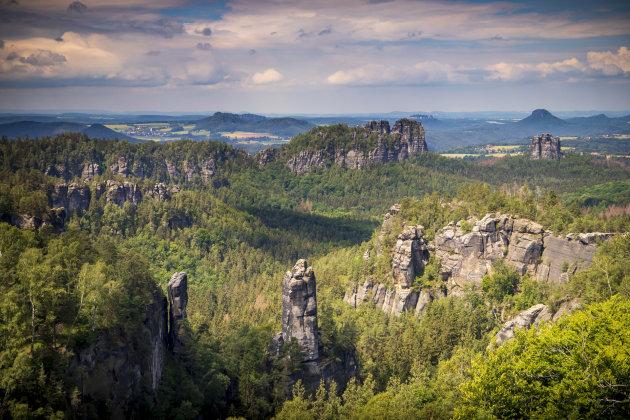 De bijzondere rotsformaties van het Sächsische Schweiz