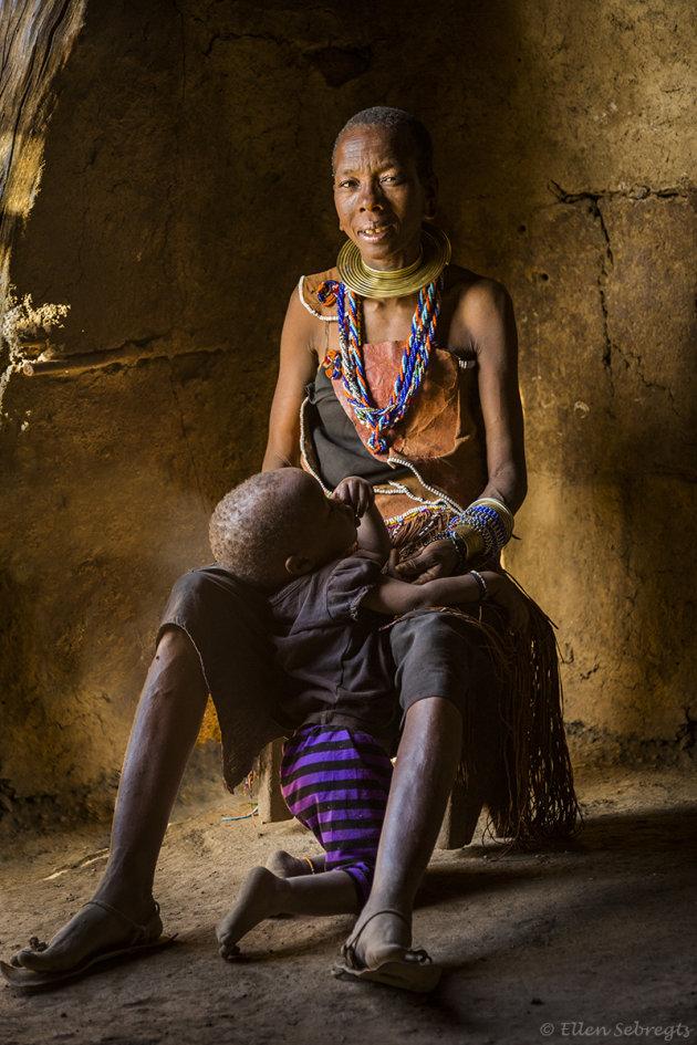 Ontmoet een lokale stam bij Lake Eyasi