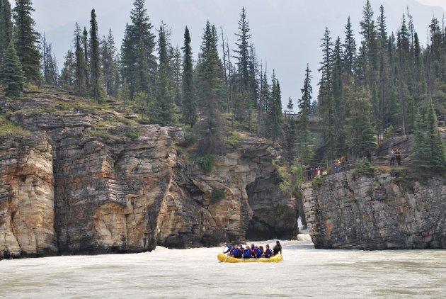Raften op de Athabasca River