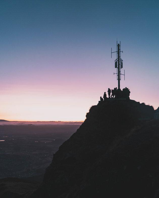 Hiken naar zonsopkomst 1600m hoog op Roys Peak - Nieuw Zeeland
