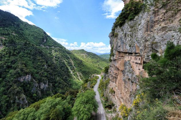 Klooster in de rotsen
