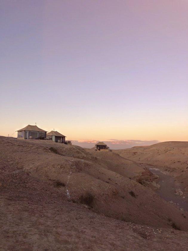 De prachtige Agafay woestijn. Op slechts 40 minuten afstand van Marrakech.